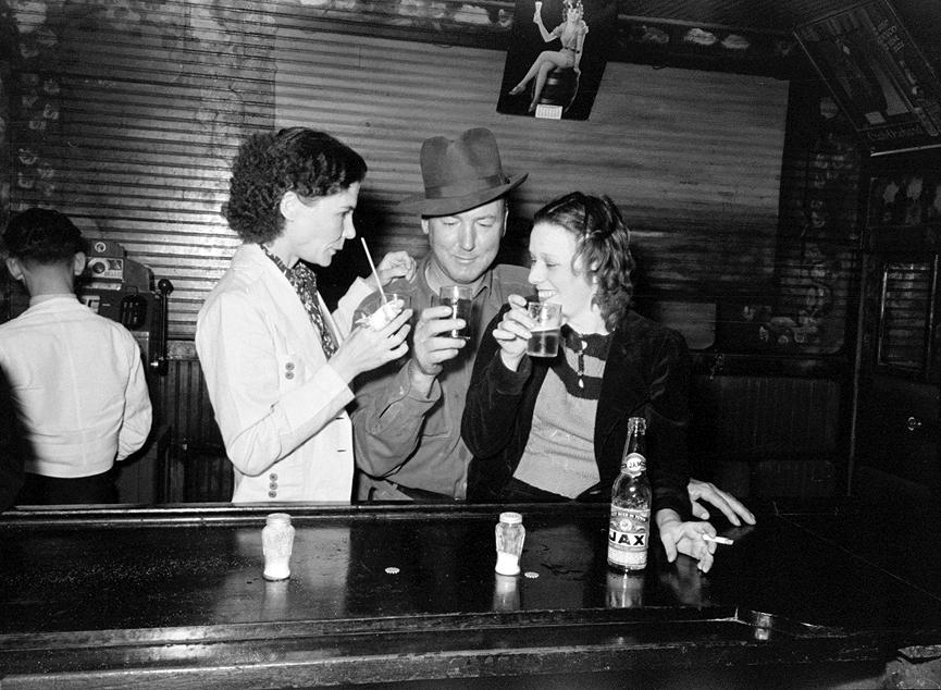 1938_saloon_Louisiana