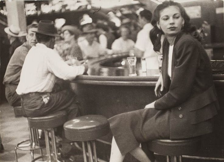 Las Vegas, on the bar (1949) The Lisette Model Foundation